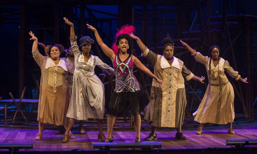 Cena da peça 'A cor púrpura — O musical' Foto: Guito Moreto / Agência O Globo