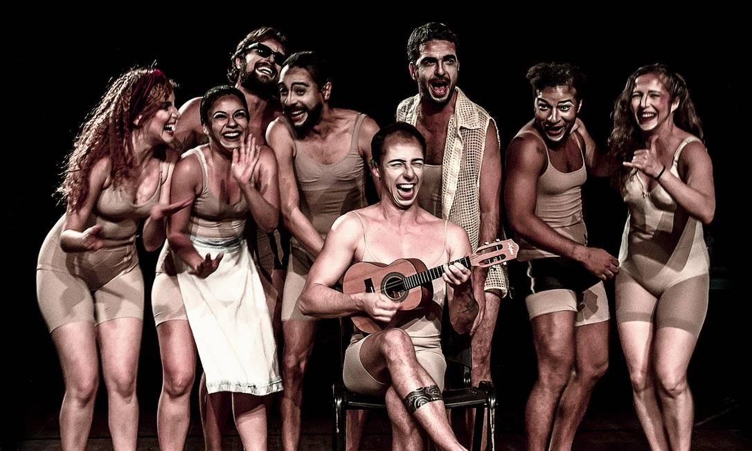 O elenco da peça 'Ielda — Comédia trágica' Foto: Fernando Machado / Divulgação