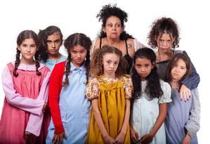 """A história da menina órfã """"Annie"""", sucesso na Broadway, ganhou adaptação brasileira Foto: Divulgação/Marcelo Vallin"""