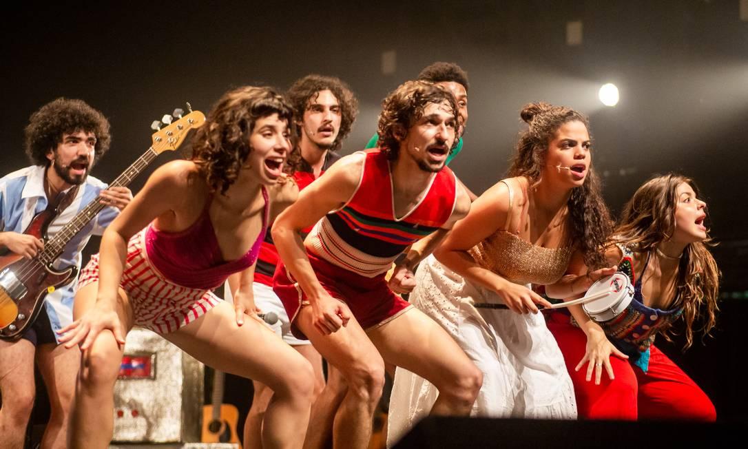 Cena do musical 'Novos Baianos' Foto: Edson Lopes Jr. / Divulgação