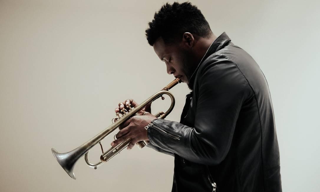 O trompetista americano Keyon Harrold Foto: Deneka Peniston / Divulgação
