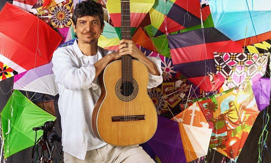 Às 20h, é a vez do músico Pedro Luis Foto: Nana Moraes