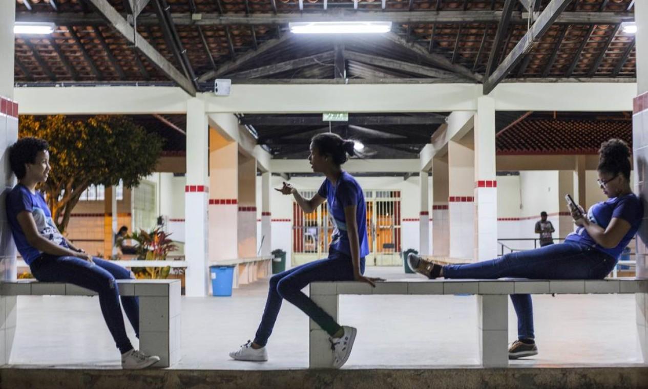 O documentário 'Atravessa a vida', de João Jardim, acompanha as angústias e os prazeres de estudantes do 3º ano do Ensino Médio no interior de Sergipe, em instituições públicas. Foto: Divulgação