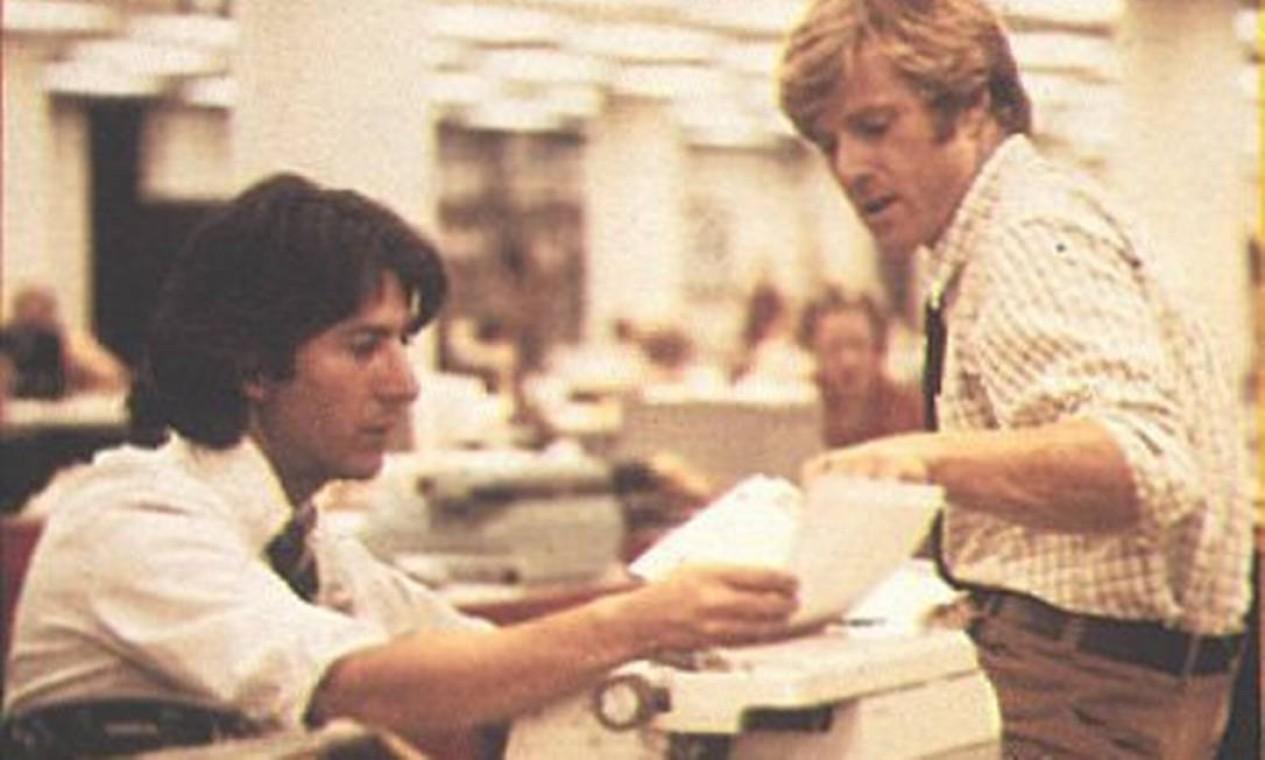 """""""Todos os homens do presidente"""": adaptação cinematográfica do livro homônimo de Bob Woodward e Carl Bernstein, o filme estrelado por Robert Redford e Dustin Hoffman reconstitui o escândalo de Watergate Foto: Divulgação"""