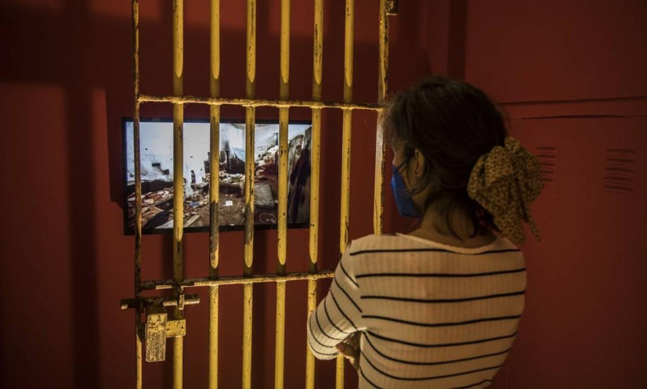 Exposição sobre a vida e o trabalho de Nilse Silveira no Centro Cultural do Banco do Brasil: na foto vídeo instalação de Carlos Vergara Foto: Guito Moreto / Agência O Globo