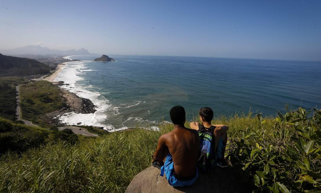 A vista do Mirante do Caeté, no Parque Municipal da Prainha, no Recreio, na Zona Oeste do Rio Foto: Pablo Jacob / Agência O Globo