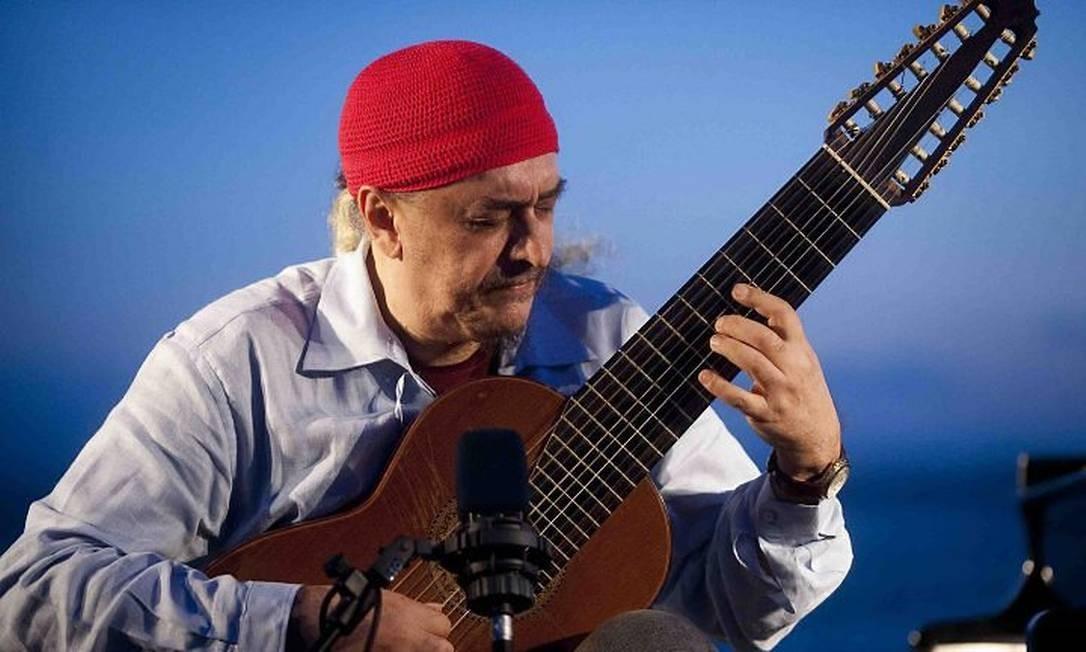 Egberto Gismonti em concerto de violão. Foto Ziga Koritnik Foto: Ziga Koritnik / Divulgação