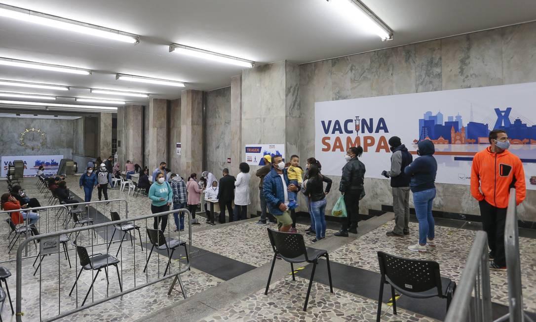 Posto de vacinação para a Covid-19 no Centro de São Paulo (29-6-21). Foto: Edilson Dantas / Agência O Globo