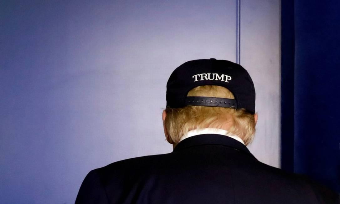 O presidente dos EUA, que permanece sem sintomas e cujo teste para coronavírus deu negativo Foto: YURI GRIPAS / REUTERS