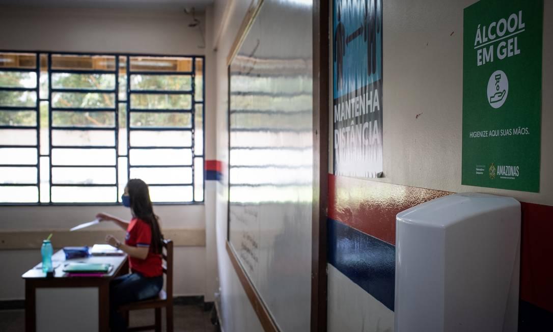 Volta às aulas em Manaus, no Amazonas. Estado foi o primeiro do país a retomar as aulas presenciais durante pandemia da Covid-19. Foto: Raphael Alves / Agência O Globo